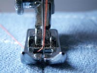 Choosing the right sewing machine needle