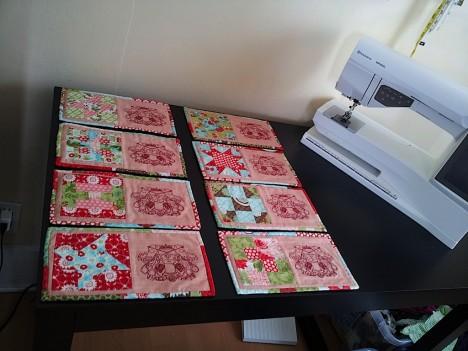 valentines-mug-rugs